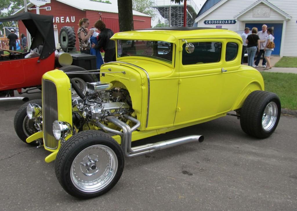 hot-rod-Ford-A-jaune-2-1024x728
